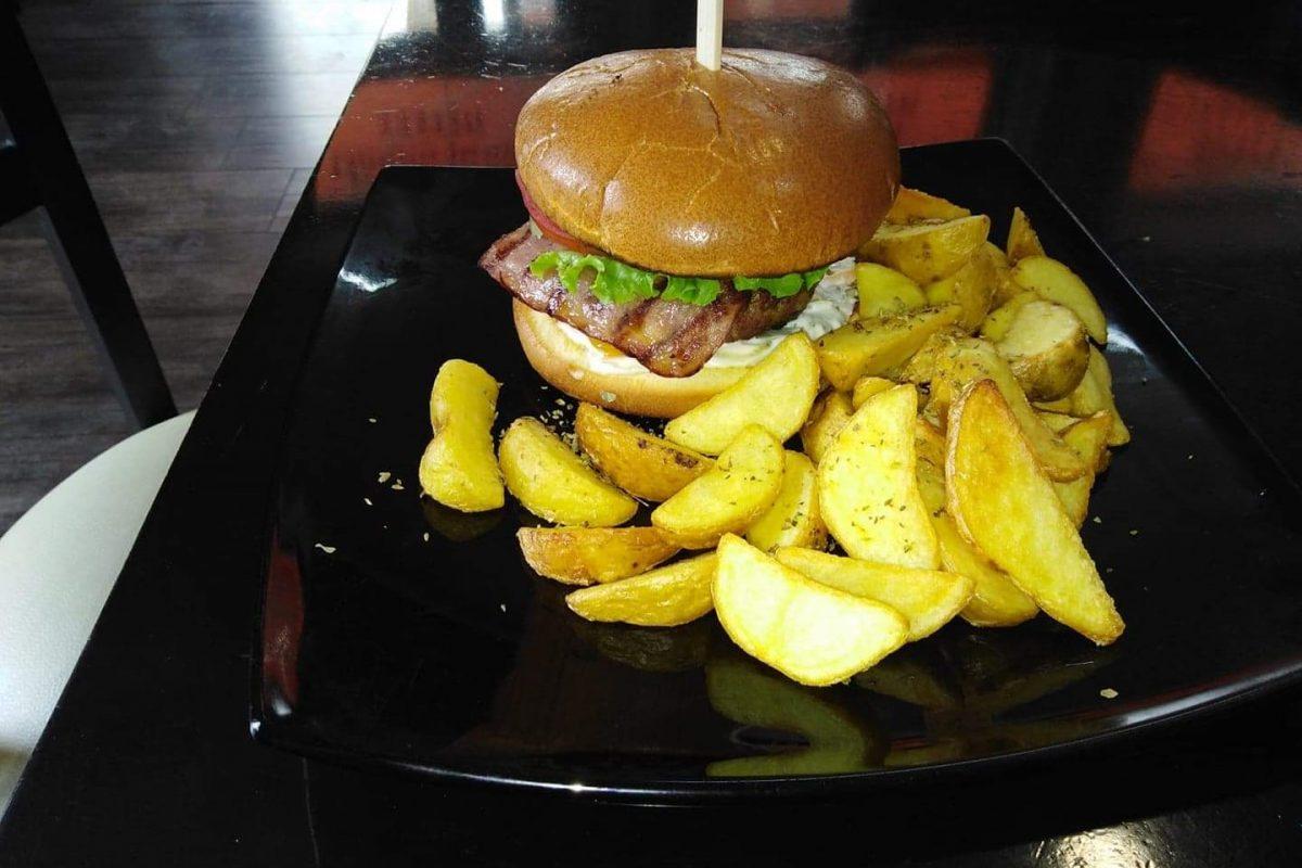 Burger. Σε 4 διαφορετικές γεύσεις